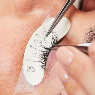 Extend lash extensions training course